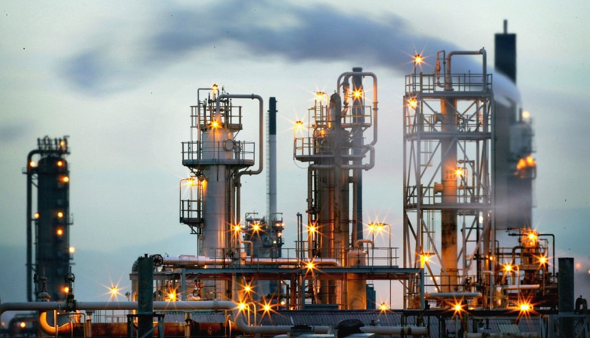 UAE may invest in petrochemical projects, store oil in India