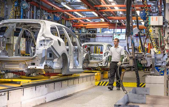 Indian government plans incentives for auto makers